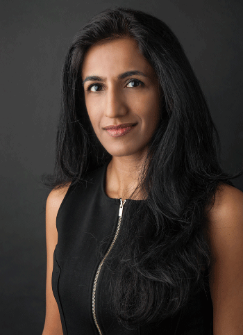 Dr.-Ayesha-Khanna